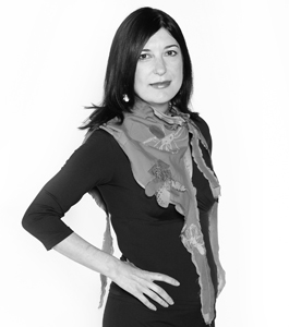 Portrait photo of Jasna Andrić, strategic design consultant at Vizuarna